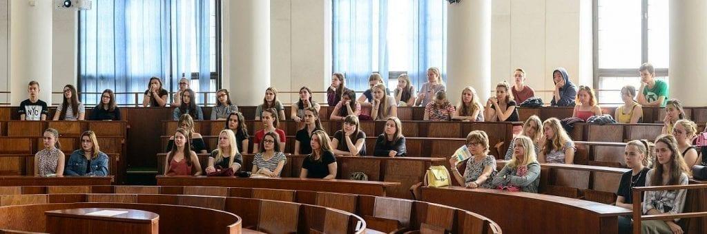 אוניברסיטת קומניוס - הפקולטה לרפואה בברטיסלבה - סלובקיה