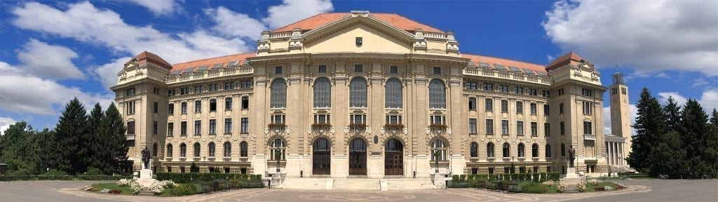 אוניברסיטת דברצן - הונגריה
