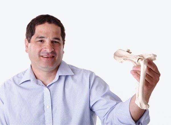 """ד""""ר אריק אלחלל - מייסד מכינת MedStudy - לימודי רפואה בחו""""ל"""